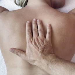 skin back hand